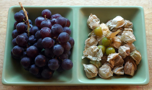 Grapes_and_husks