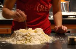 Mixing_dough_1