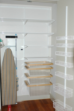 Pantry_bare_2