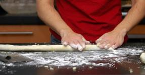 Rolling_dough
